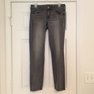 American Eagle Gray Straight Jeans